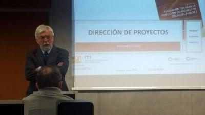 Formador dirección de proyectos